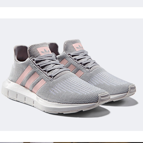 Le adidas nwt donne swift scarpa da corsa, scarpe da ginnastica poshmark